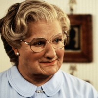 Robin Williams en Mrs. Doubtfire, el jocoso papel travesti que interpretó en 1993